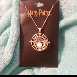 Harry Potter timeturner necklace NWT